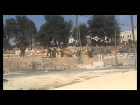 بالفيديو ..  جنود الاحتلال يجرون تدريباتهم بمقبرة بالخليل