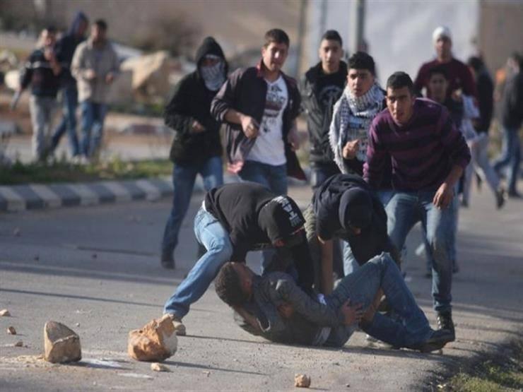 اصابة 13 فلسطينيا خلال هدم الاحتلال 4 منازل بقرية الولجة