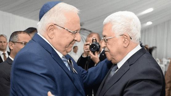 """الرئيس عباس يُعزي رئيس الاحتلال الصهيوني ريفلين بقتلى تدافع الجرمق  .. وثيقة"""""""