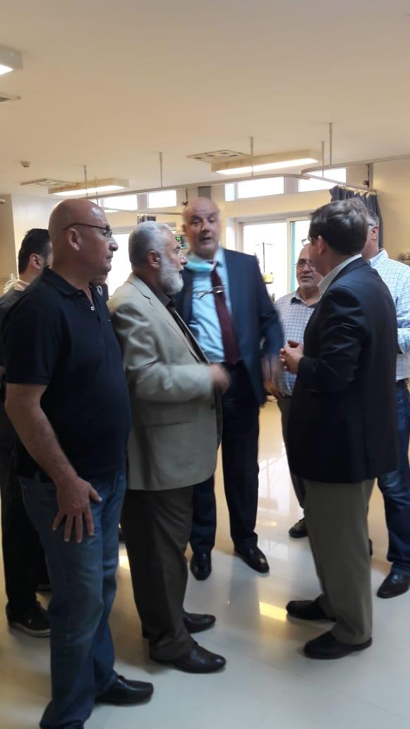 """خدمة الوطن تتجاوز الوظائف """"والكراسي"""" د.خالد عربيات انموذجا"""