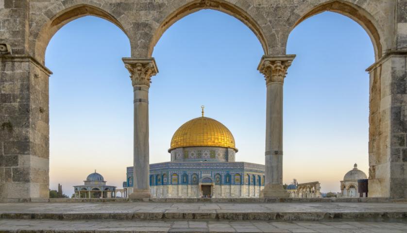 """الاحتلال الصهيوني يمنع تنفيذ أعمال ترميم في """"قبة الصخرة"""" بالمسجد الأقصى"""