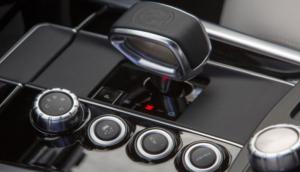 كيف تختبر كفاءة القير الأوتوماتيكي في سيارتك؟