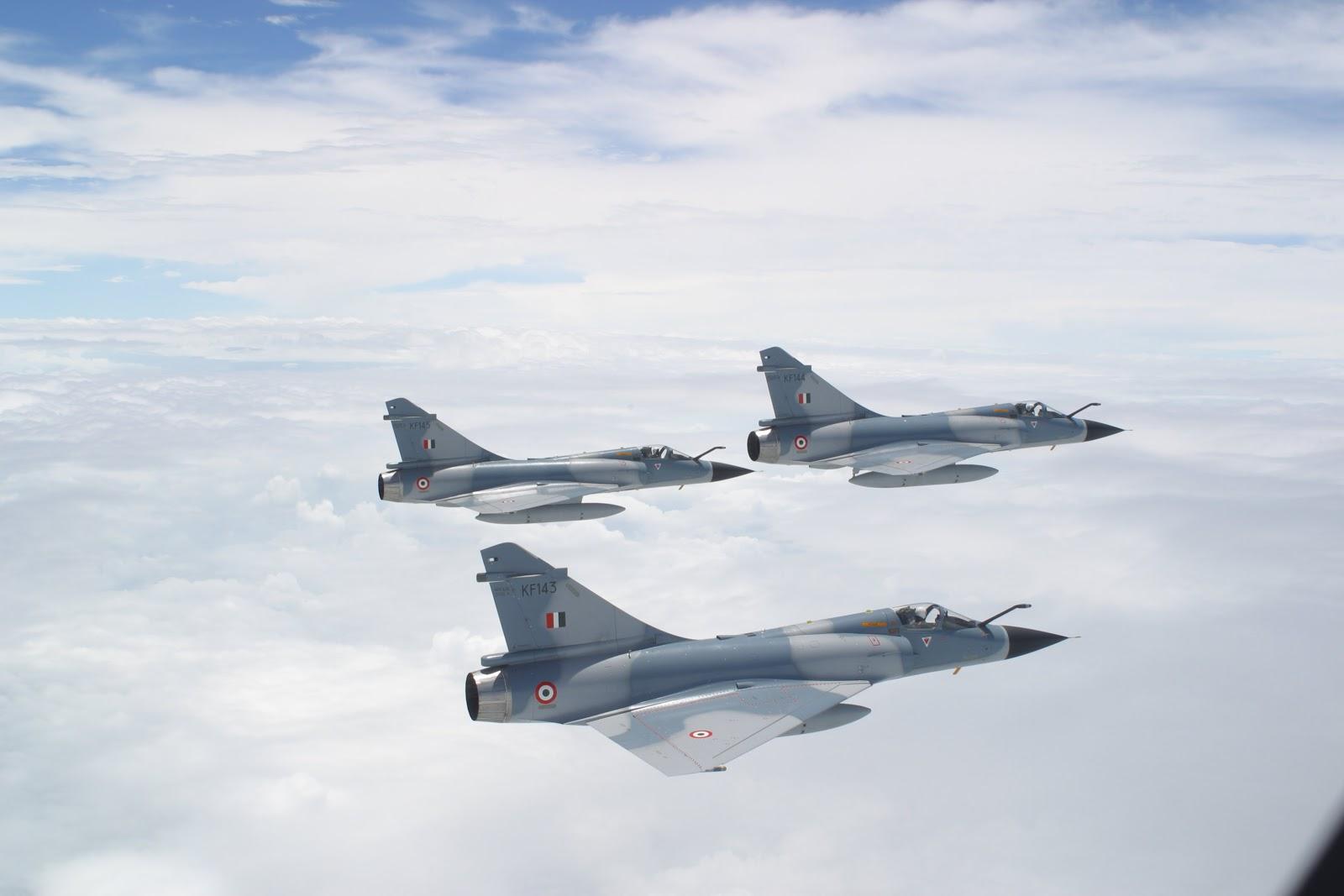 """فرنسا ترسل 3 مقاتلات """"ميراج 2000"""" إضافية للأردن"""