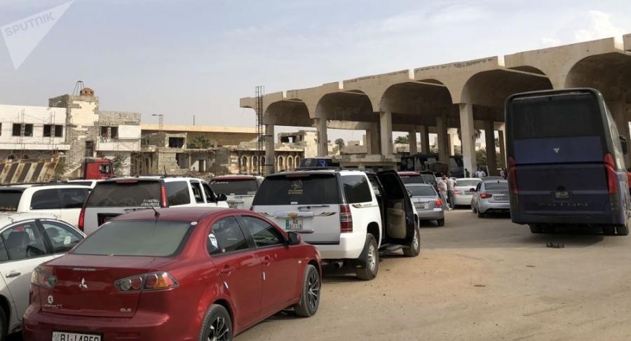 مسؤول سوري يوضح سبب 'إفراغ' الجانب الأردني للشاحنات السورية في 'نصيب'