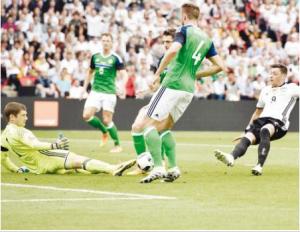 تأهل تاريخي لـ بولندا إلى ثمن نهائي «كأس أوروبا»