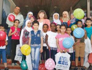 وزيرة الثقافة تفتتح «كوخ المعرفة» للأطفال