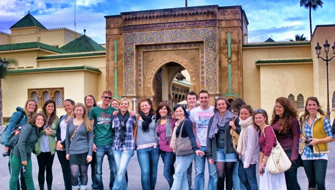 المغرب .. البلد الإفريقي الوحيد الذي تجاوز سياحه الأجانب 10 ملايين سائح