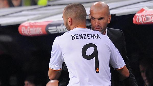زيدان يعترف: ريال مدريد بحاجة إلى مهاجم آخر