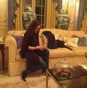 شريهان تفاجئ جمهورها بنشر صورها داخل المنزل