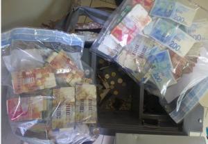 سرقة خزنة اموال بنابلس