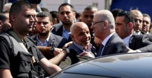 حماس تغلق شركة اتصالات امتنعت عن التعاون في التحقيق بشأن محاولة اغتيال الحمد الله
