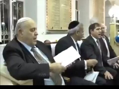 بالفيديو .. يهود متشددين يسرقون أغنية عبد الحليم حافظ
