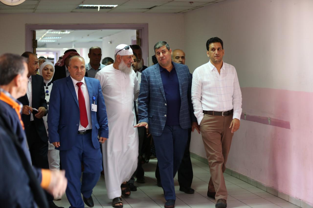 بالصور ..  النائب يحيى السعود برفقة شيوخ ومخاتير بزيارة لقسم الاطفال بمستشفى البشير