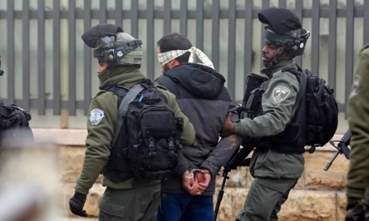 الاحتلال يعتقل 17 مواطناً من الضفة بينهم أب وابنته