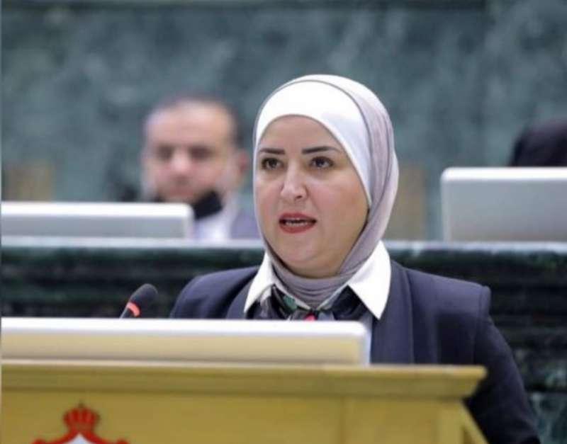 """شريم تُطالب برفع مقاعد """"كوتا"""" المرأة في مجلس النواب"""