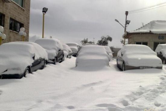 انقاذ 100 شخصا علقو في الطرقات بسبب الثلوج