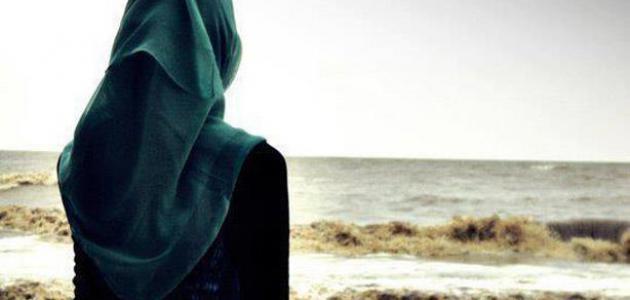 شاهد بماذا رد أب سعودي استأذنته ابنته بخلع حجابها ..صورة