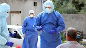 مدير مستشفى الجامعة الأردنية: الموت يقترب أكثر من الكوارد الصحية