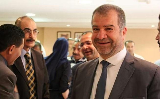 رئيس بلدية الزرقاء السابق يعلن إصابته وأفراد من عائلته بكورونا