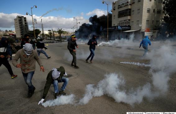 جمعة غاضبة للقدس ..  الفلسطينيون يتأهبون لانتفاضة جديدة رداً على ترامب ومجلس الأمن يستعد لعقد اجتماع