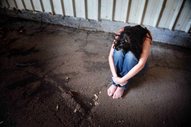 تفاصيل بيع فتاة قاصر واغتصابها ب(200) دينار في عمان