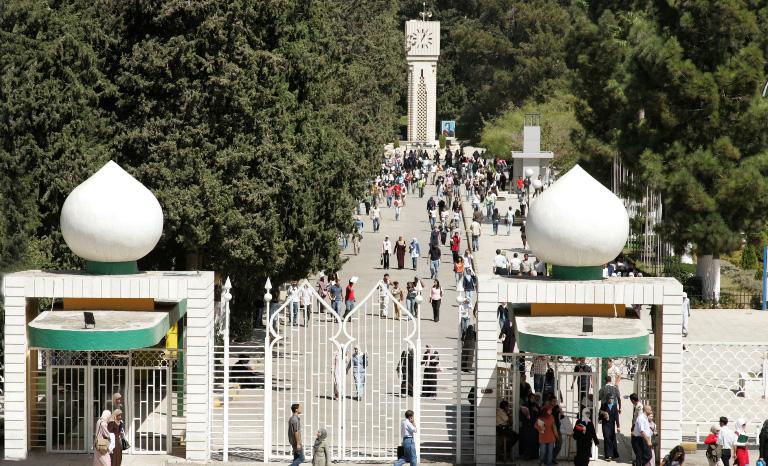 """رئيس الجامعة الأردنية لـ""""سرايا"""": غالبية رواد الجامعة من غير الطلبة وقرار منع دخول الطلاب جاء تطبيقا لأوامر الدفاع"""
