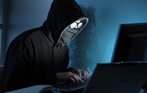 بعد تسريب بيانات فيسبوك ..  هكذا تعرف ما إذا كان حسابك مخترقاً!