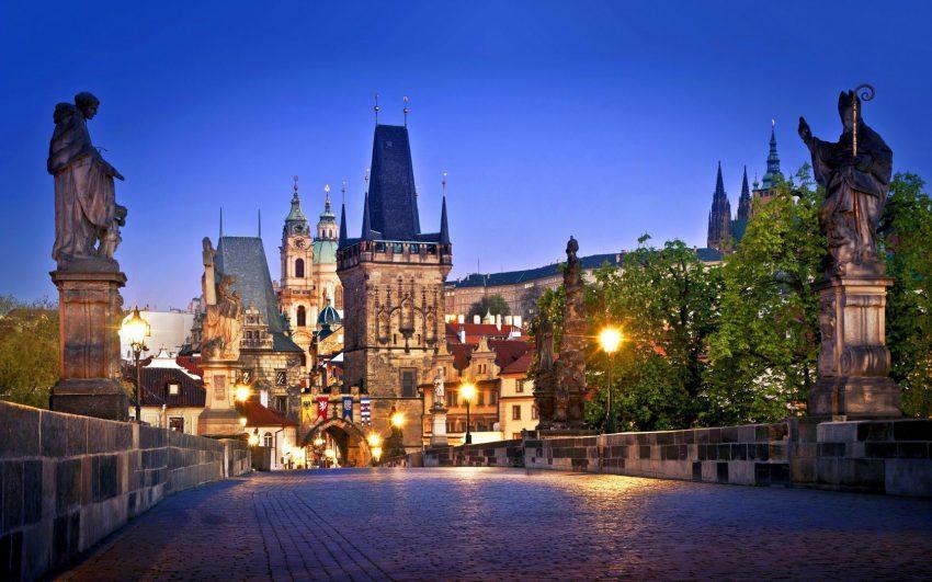 بالصور  ..  تعرف على اهم وافضل الاماكن السياحية في براغ