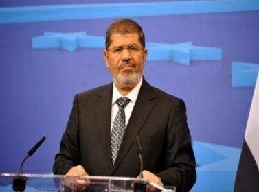 مصر: وقف ملاحقة 379 شخصا بعفو رئاسي