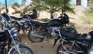 """خلال حملة امنية.. ضبط (11) دراجة نارية """"غير مرخصة"""" وسائقيها في اربد"""
