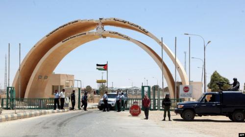 توقعات حكومية بتحسن حركة الشحن مع العراق