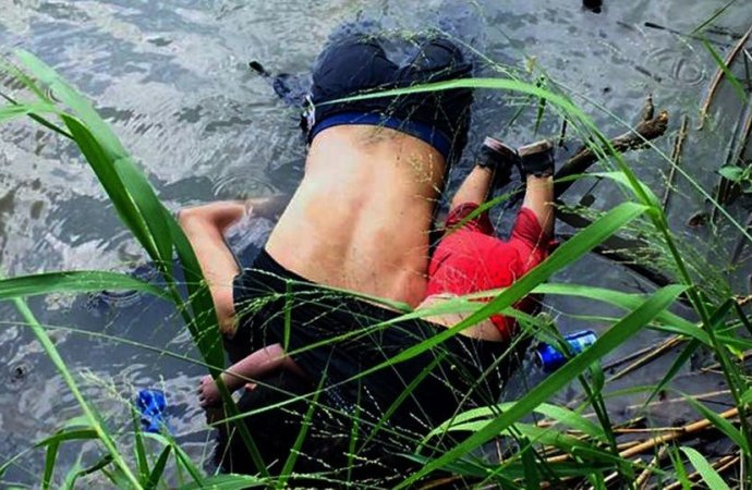 صورتهما أدمت القلوب .. جثتا مهاجر وابنته تعودان للسلفادور