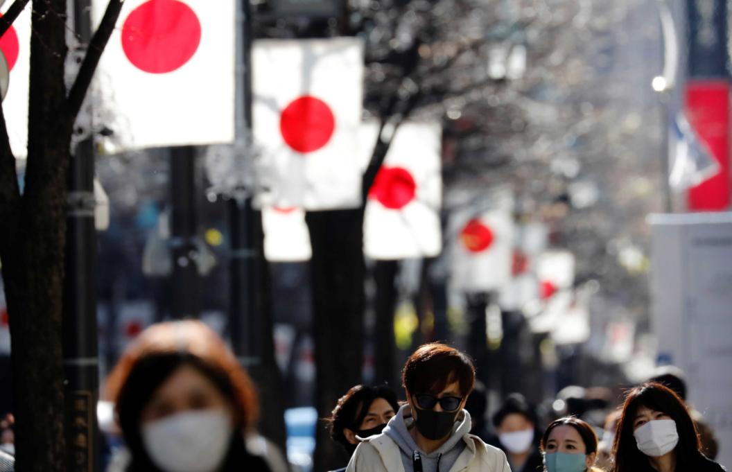 خبر صادم جداً للعالم  ..  اليابان تكتشف سلالة ثالثة من فيروس كورونا