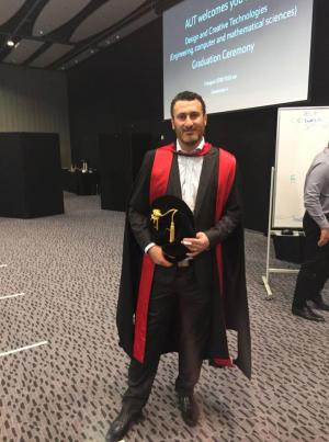 الدكتور احمد السعدي مبروك التخرج