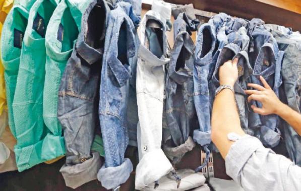 20 % تراجع مستوردات الألبسة