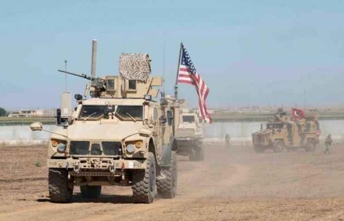 """ترامب: القوات الأمريكية المنسحبة من سوريا """"ستبقى في المنطقة"""""""