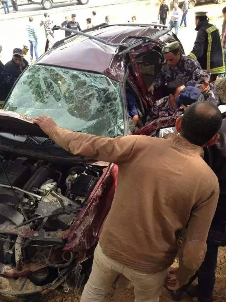 وفاتان و 6 اصابات بحادث تصادم على طريق جرش -صورة