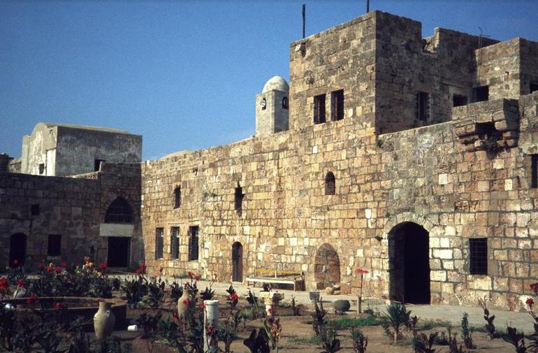 شاهد  ..  أجمل القلاع في بلاد الشام والعراق