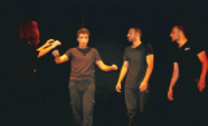 """""""حرق البخور"""": اسكيتشات مسرحية تناقش قضايا إنسانية"""