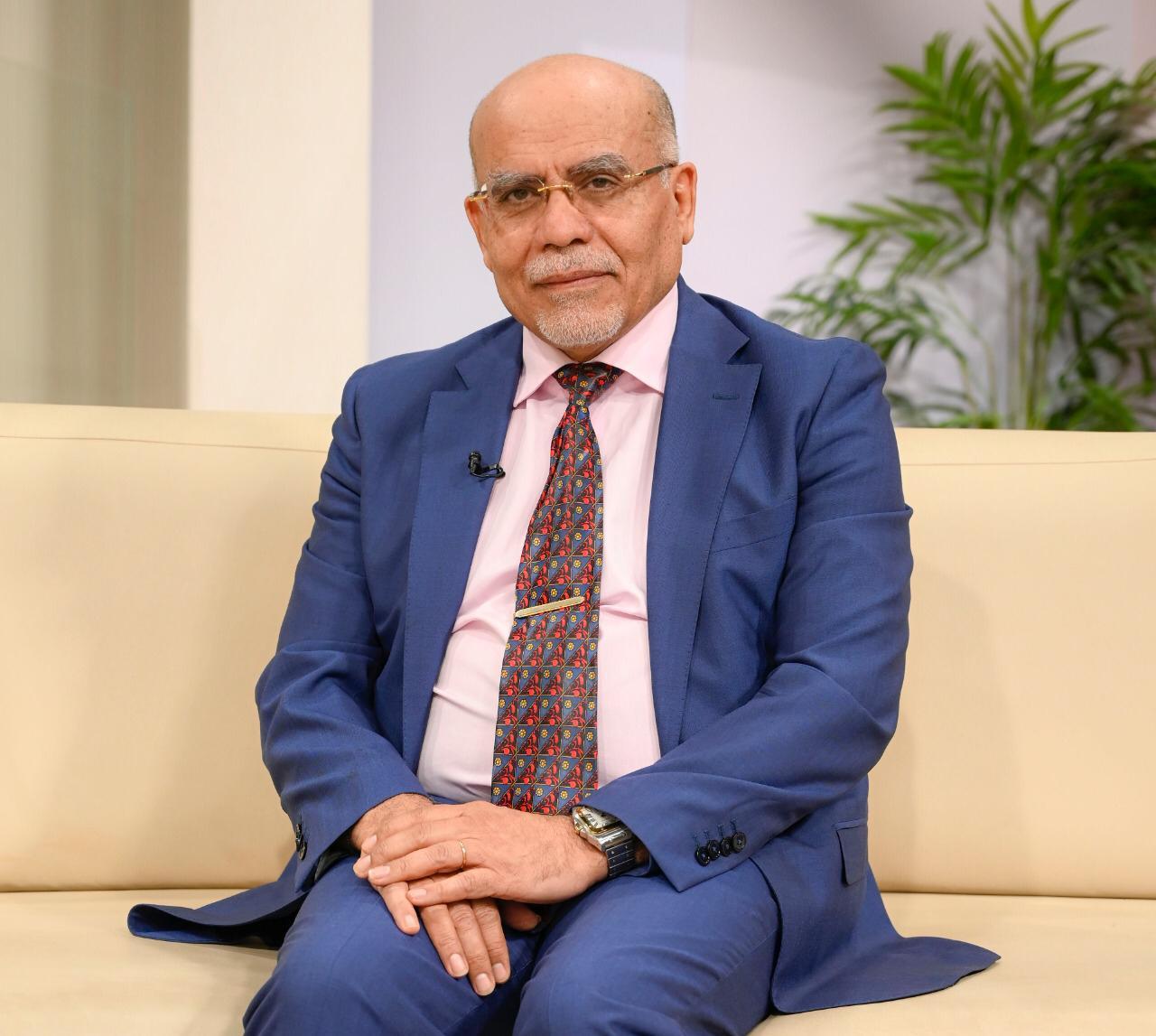 حوار مع الدكتور محمد خريس استشاري الجراحة العامة والجهاز الهضمي والمنظار
