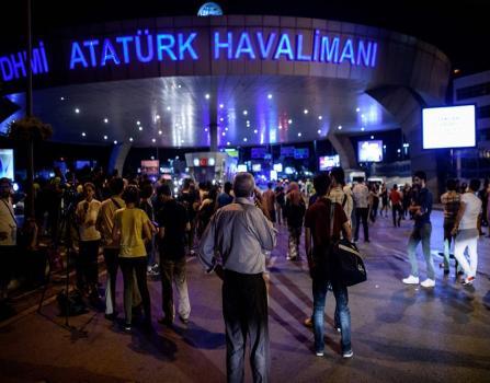 تفاصيل وفاة أردنية وإصابة زوجها وطفلها بتفجيرات اسطنبول