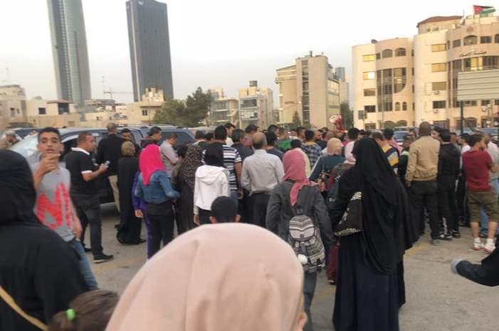 اعتصام في محيط الدوار الرابع للمطالبة بإصدار قانون العفو العام