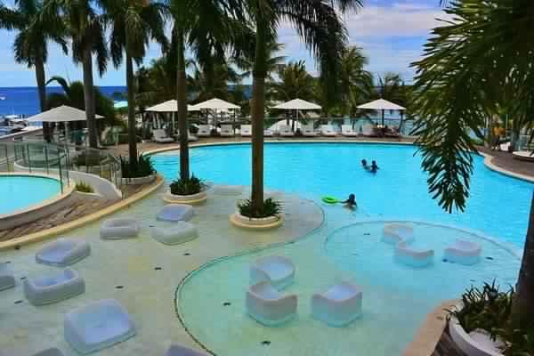 بالصور  ..  تعرف على افضل الجزر السياحية في الفلبين