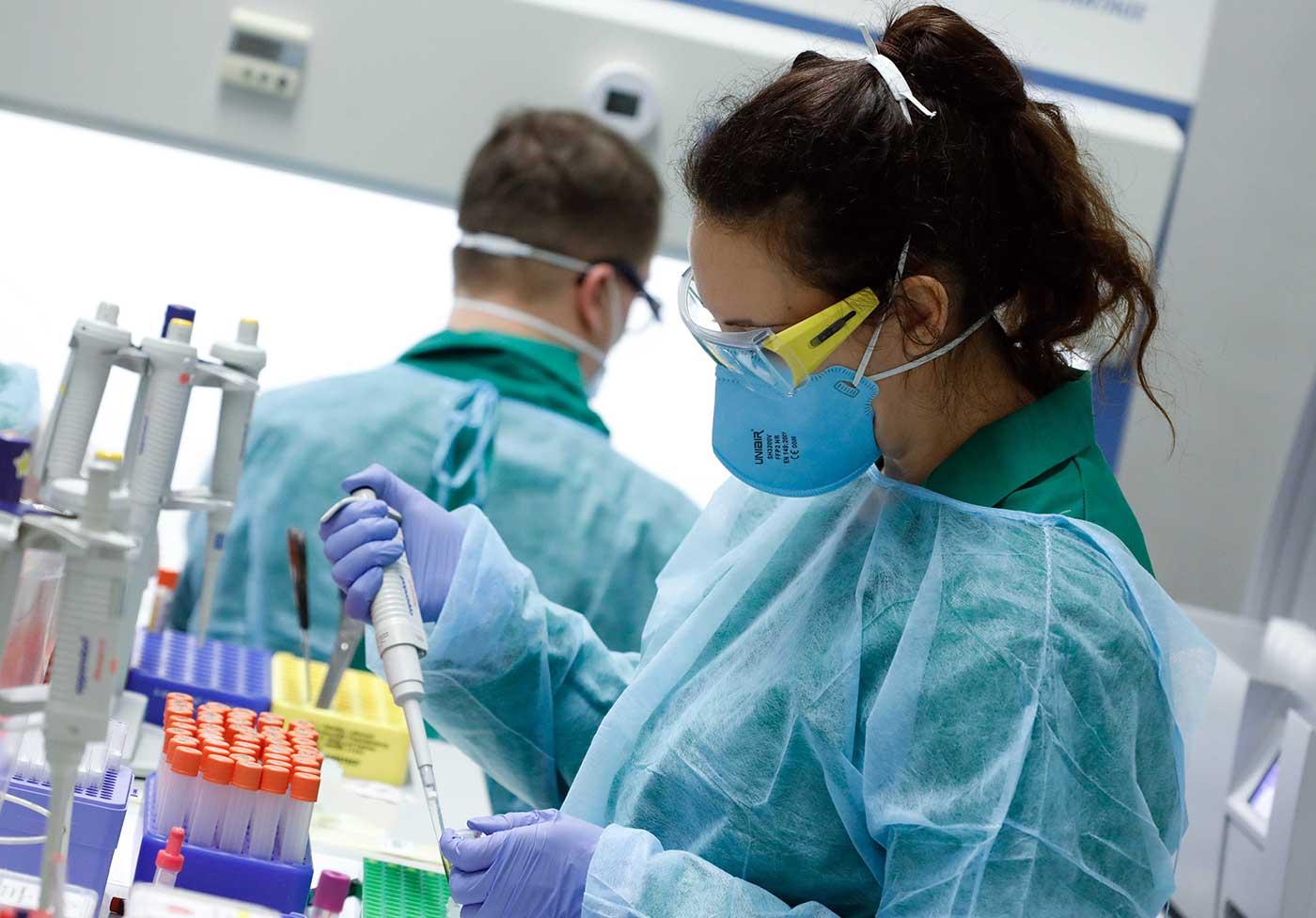باحثون يكتشفون علاجاً فعالاً ضد كورونا