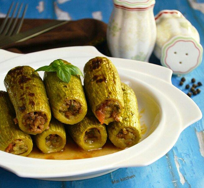 محشي الكوسا باللحم المفروم ..  مغذي ولذيذ