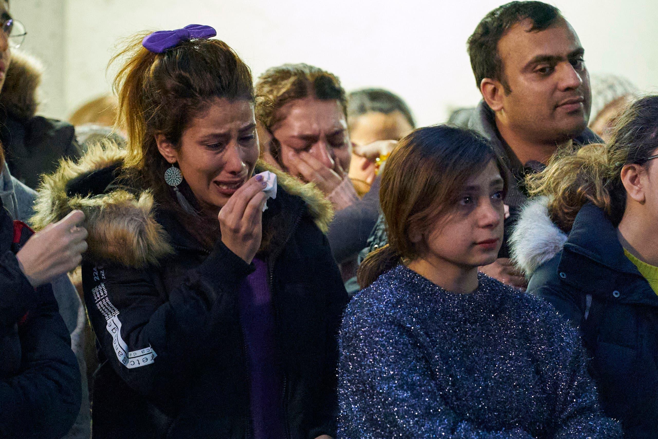جثث الطائرة الأوكرانية تلاحق طهران  ..  قريب ضحيتين يروي التفاصيل بالدموع