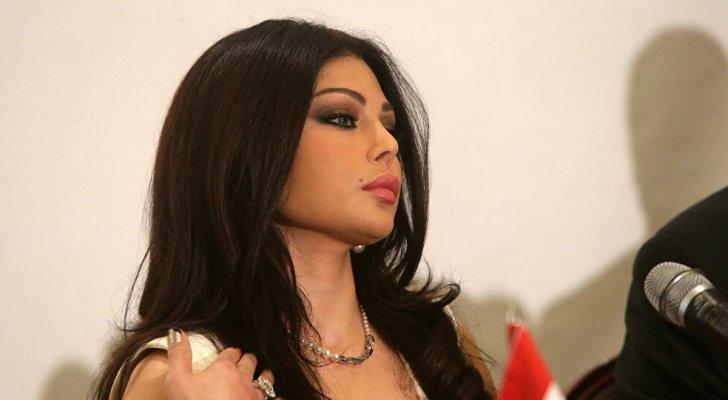 هيفاء وهبي: نفسنا بلبنان في رئيس مثل السيسي
