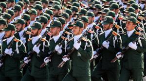 بعد سليماني  ..  اغتيال قائد في الحرس الثوري الإيراني أمام منزله  ..  تفاصيل