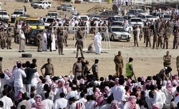 الداخلية السعودية تنفذ حكم القتل تعزيراً في مهرب مخدرات باكستاني
