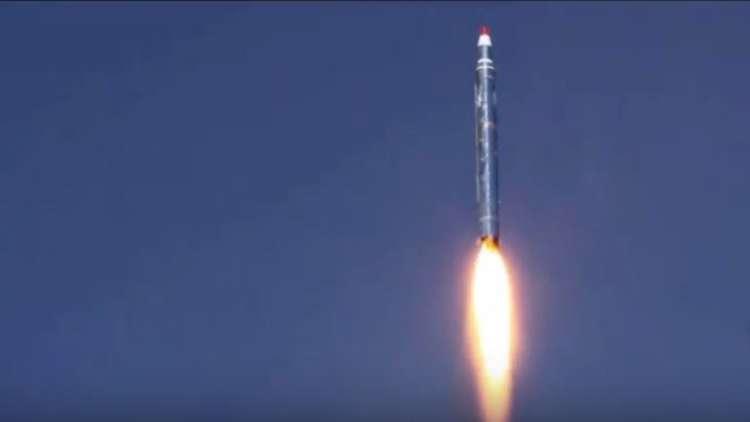 """الحوثيون يعلنون إطلاق صاروخ على مصفاة لـ""""أرامكو"""" جنوب غربي السعودية"""